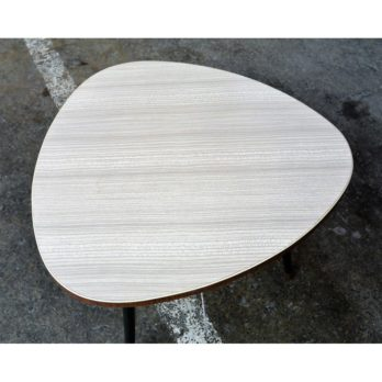 Table tripode (formica)