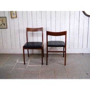 Série de 4 chaises en teck et simili cuir