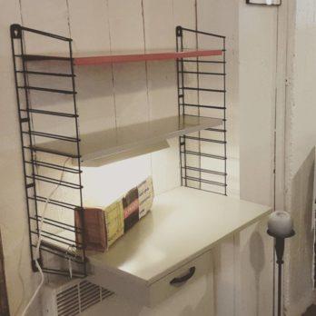 Étagèrebureau Tomado (tiroir et lampe)
