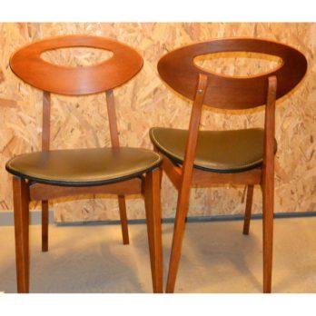 Série de 4 chaises en teck/skaï (dossier en amande)
